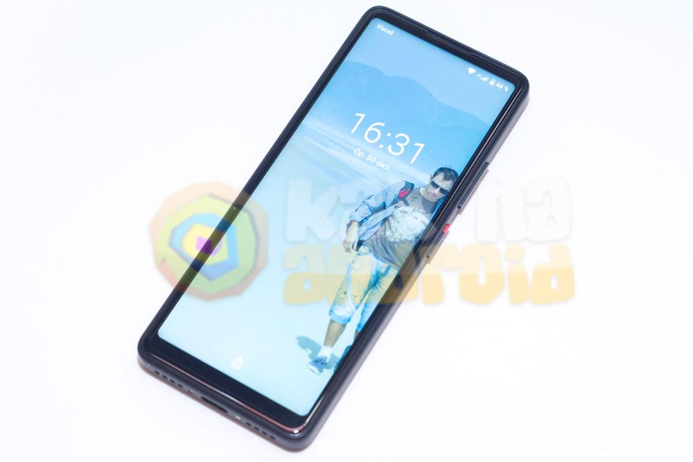 Обзор Xiaomi QIN 2 - дисплей