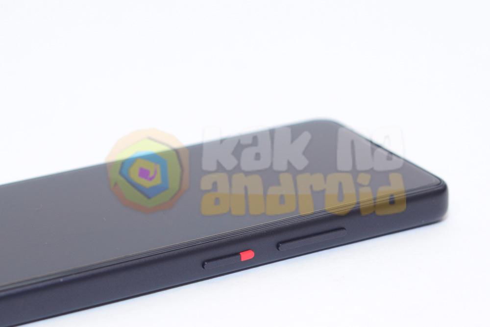 Обзор Xiaomi QIN 2 - правая грань